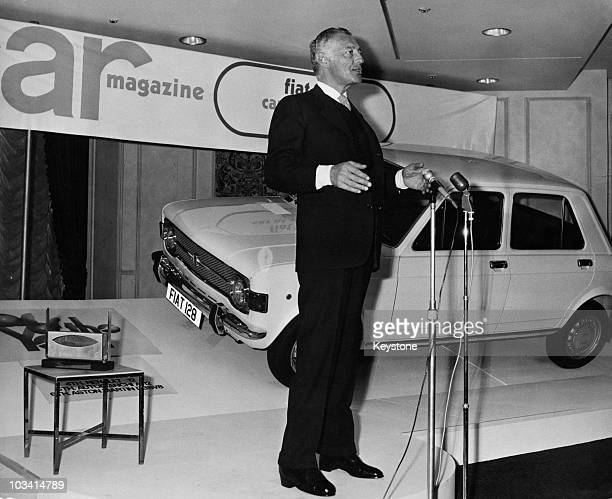 Italian businessman Gianni Agnelli President of Fiat accepts the Car Magazine 'Car of the Year' award at the Carlton Tower Hotel in London 2nd March...