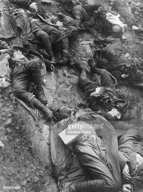 Italian casualties on the Heights of Tolmine during the AustroGerman advance into Italy October 1917 March 1918
