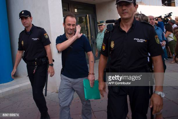 Italian citizen Francesco Arcuri leaves the court of Granada on August 21 2017 Arcuri the expartner of Spanish Juana Rivas a woman in her mid30s from...