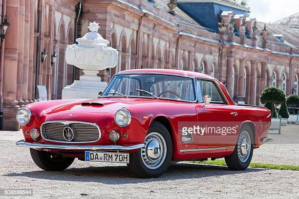 italian classic car maserati 3500 gt - maserati stock pictures, royalty-free photos & images