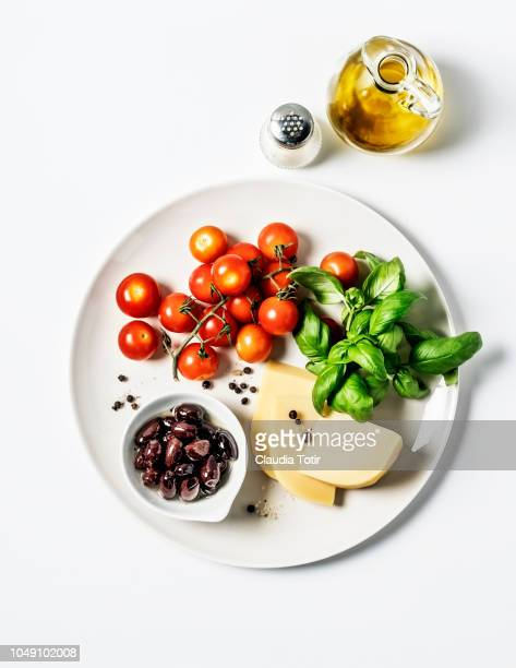 italian cooking ingredients - salt and pepper shakers stock pictures, royalty-free photos & images