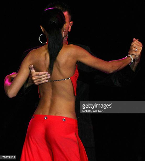 Italian couple Mauro Zompa and Sara Masi dance during the semifinals of the Stage Tango competition in Buenos Aires, 22 August 2007. The V Tango...