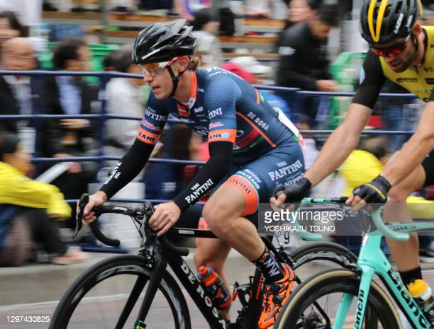 Italian cyclist Damiano Cunego of Nippo Vini Fantini runs during the Japan Cup Criterium in Utsunomiya, on October 20 Japan.