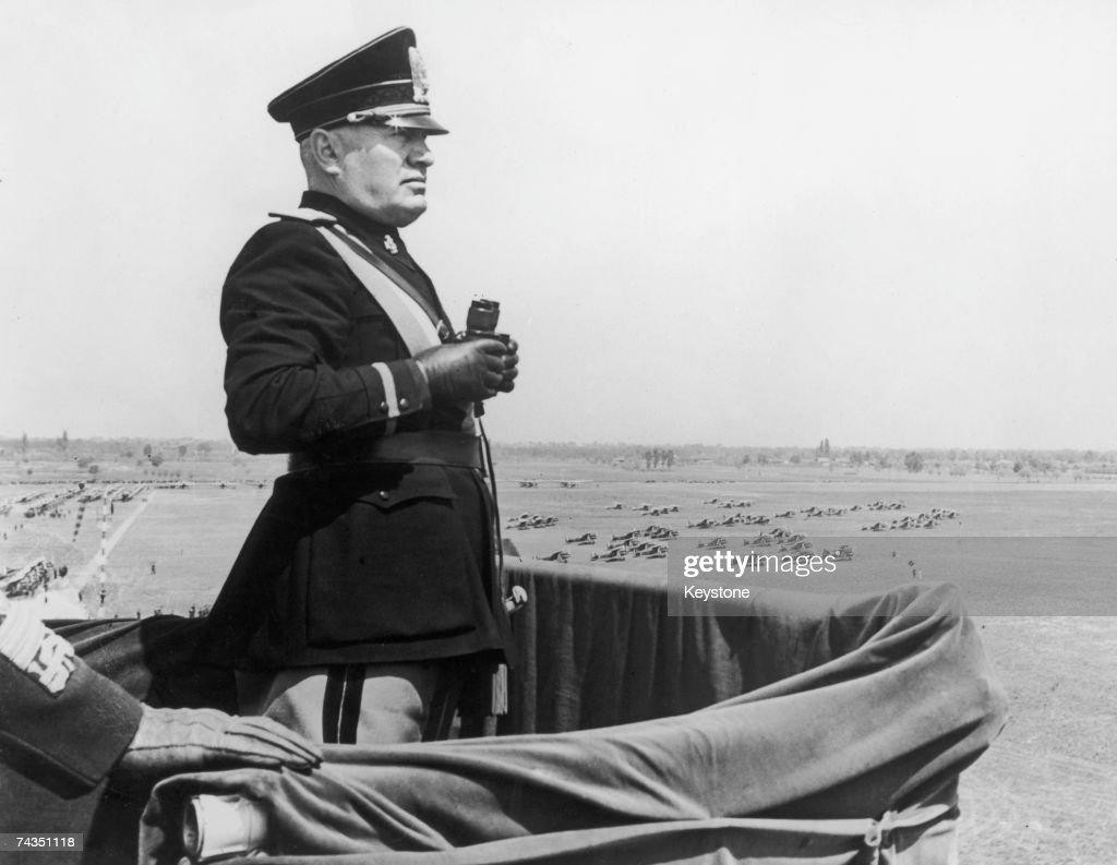 Mussolini In Turin : Fotografía de noticias