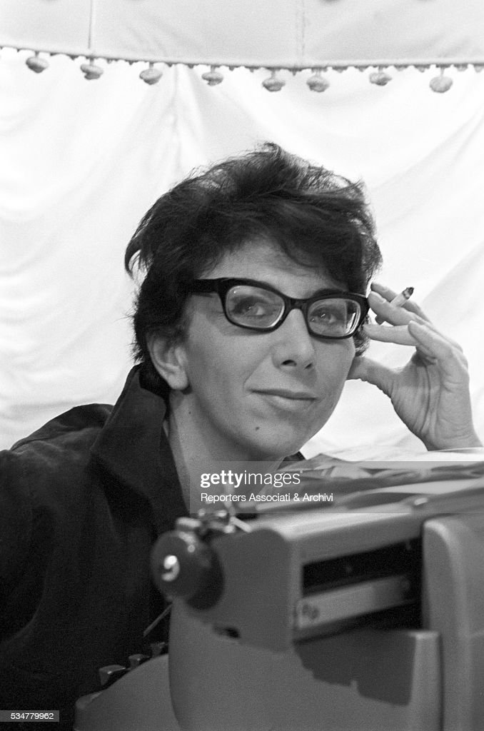 Lina Wertmuller posing : News Photo