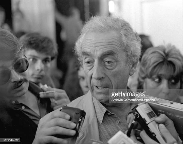 Italian director Michelangelo Antonioni during an interview at the Movie Festival Lido Venice 1984