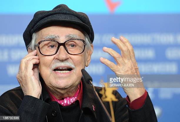Italian director Vittorio Taviani gives a press conference for the film Ceasar Must Die on February 11 2012 in Berlin The 62nd Berlinale the first...