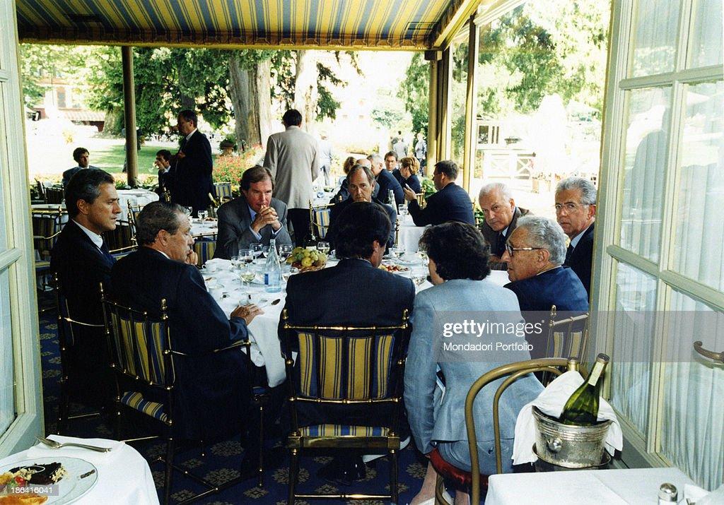Mario Monti, Henry Kissinger, José Maria Aznar, Joaquin Navarro-Valls, Francesco : News Photo
