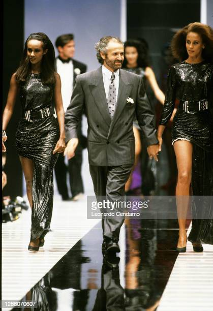 Italian fashion designer Gianni Versace presenting his fashion collection, Milan, Italy, 20th April 1987.