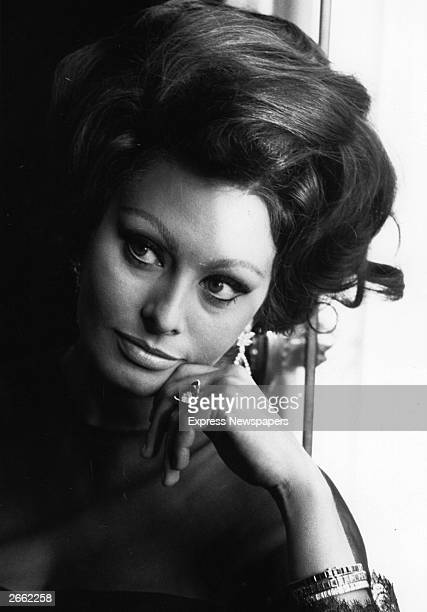 Italian film actress Sophia Loren at a photocall
