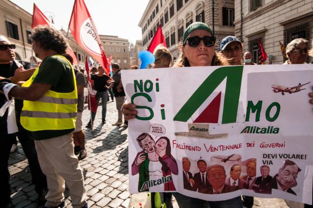 ITA: Alitalia Workers Protest In Rome