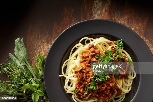 Cuisine italienne: Spaghettis bolognaise nature morte