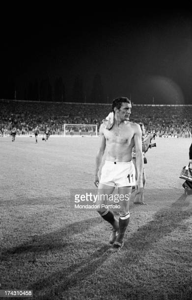 Italian football player Gigi Riva leaving the field at the end of the match between Italy and Argentina at the World Cup The match ended 11 Stuttgart...