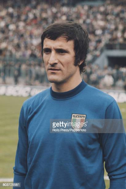 Italian footballer and midfielder with Inter Milan Gianfranco Bedin lines up prior to playing for the Italy national football team in an...
