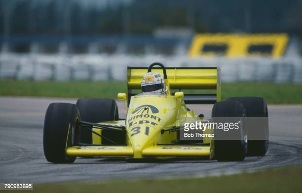 Italian Formula One racing driver Gabriele Tarquini drives the Coloni SpA Coloni FC188 Ford Cosworth DFZ 35 V8 in the 1988 Brazilian Grand Prix at...