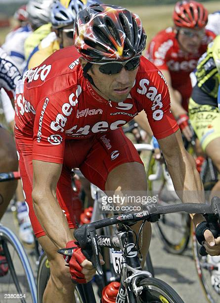 Italian Gilberto Simoni rides during the third stage of the 90th Tour de France between CharlevilleMezieres and SaintDizier 08 July 2003 AFP PHOTO...