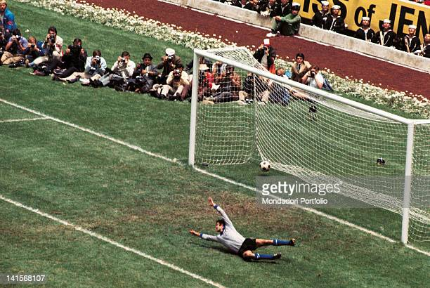 Italian goalkeeper Enrico Albertosi lets in the fourth goal by the Brazilian fullback Carlos Alberto in the final match of the World Cup Championship...