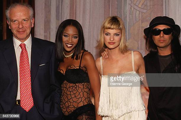 Italian jeweler and luxury goods retailer Paolo Bulgari super models Naomi Campbell Linda Evangelista and fashion photographer Steven Meisel on the...