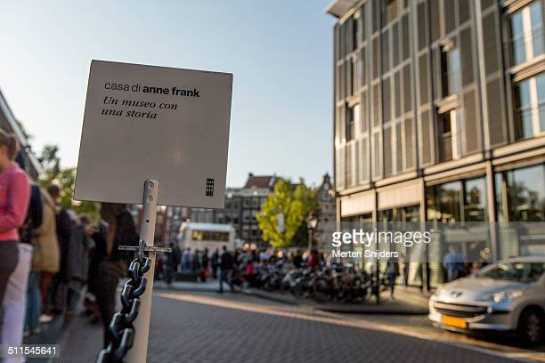 italian language sign outside anne frank house - anne frank house stock pictures, royalty-free photos & images