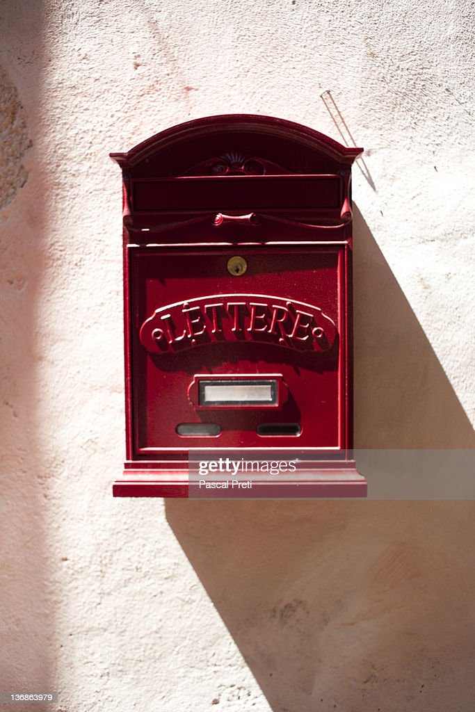 italian letter box : Bildbanksbilder