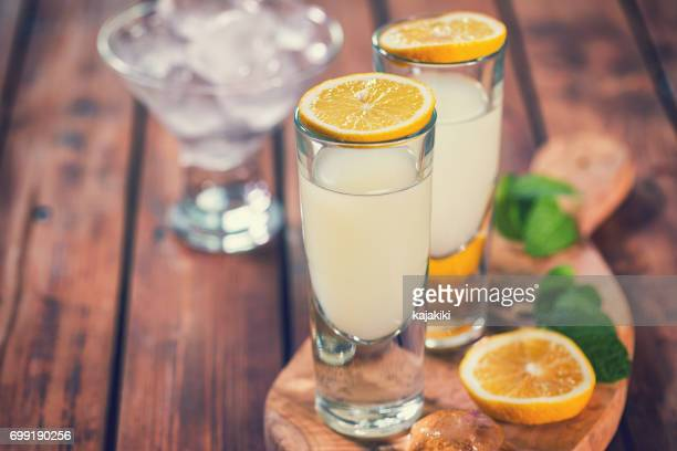 italian limoncello,traditional liqueur with lemons - sorrento stock pictures, royalty-free photos & images