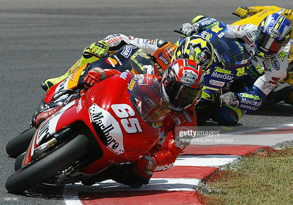 italian-loris-capirossi-leads-his-fellow