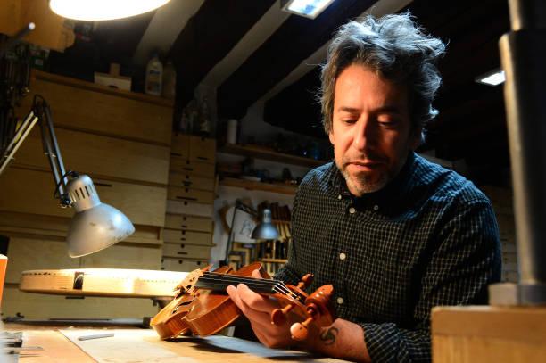 ITA: Luthier Riccardo Guaraldi At Work During Lockdown