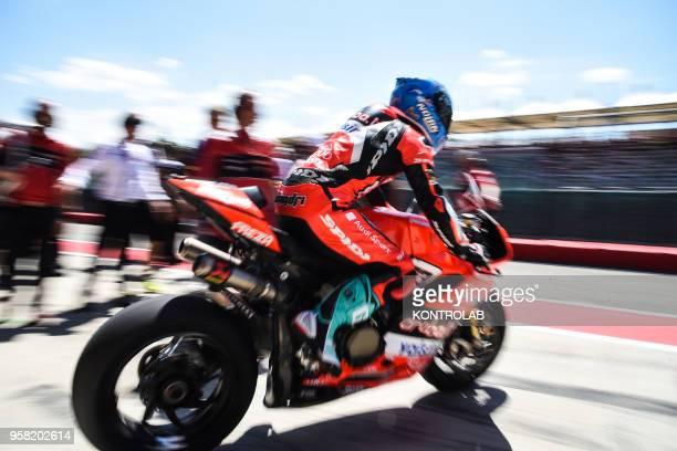Italian Marco Melandri leave the box on Ducati Panigale R of Arubait Racing Ducati during the Race 2 of Superbike Pata Italian Round Jonathan Rea...