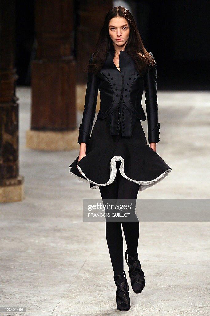 Italian model Maria Carla Boscono presen : News Photo