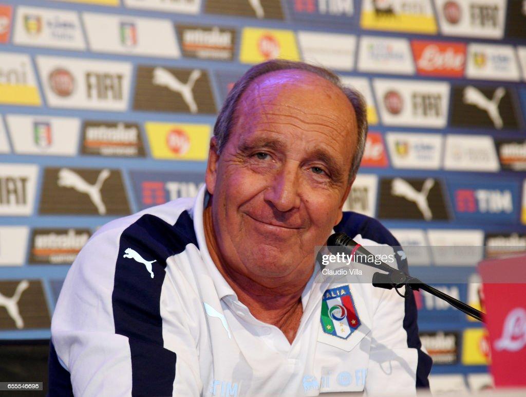 Italy Training Session And Press Conference : Foto di attualità