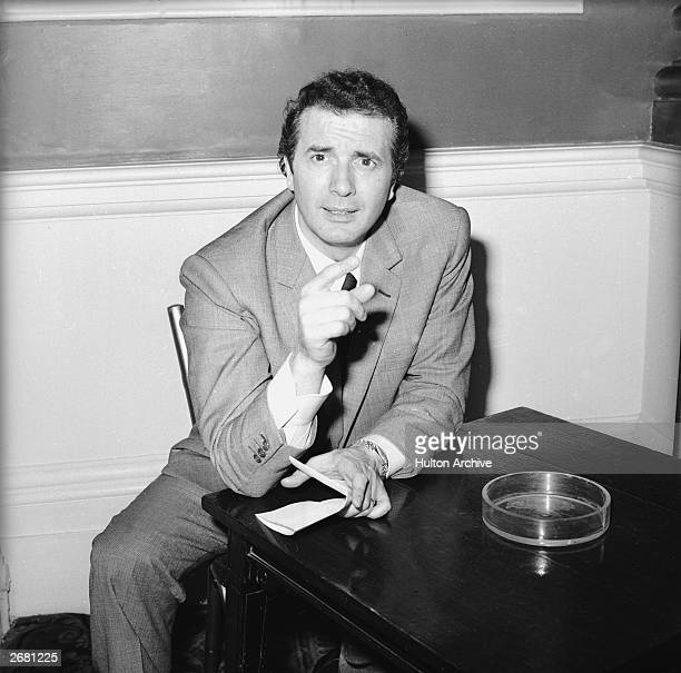 Italian opera singer Franco Corelli making a point, 18th May 1966.