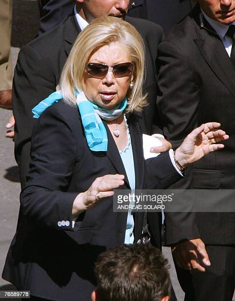 Italian opera soprano Mirella Freni arrives at Modena's Romanesque cathedral 08 September 2007 to sing at the funeral mass in tribute to Italy's...