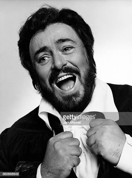 Italian operatic tenor Luciano Pavarotti, 1985. Photo by Jack Mitchell/Getty Images.