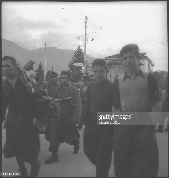 Italian partisans; escape from Italy; 1944