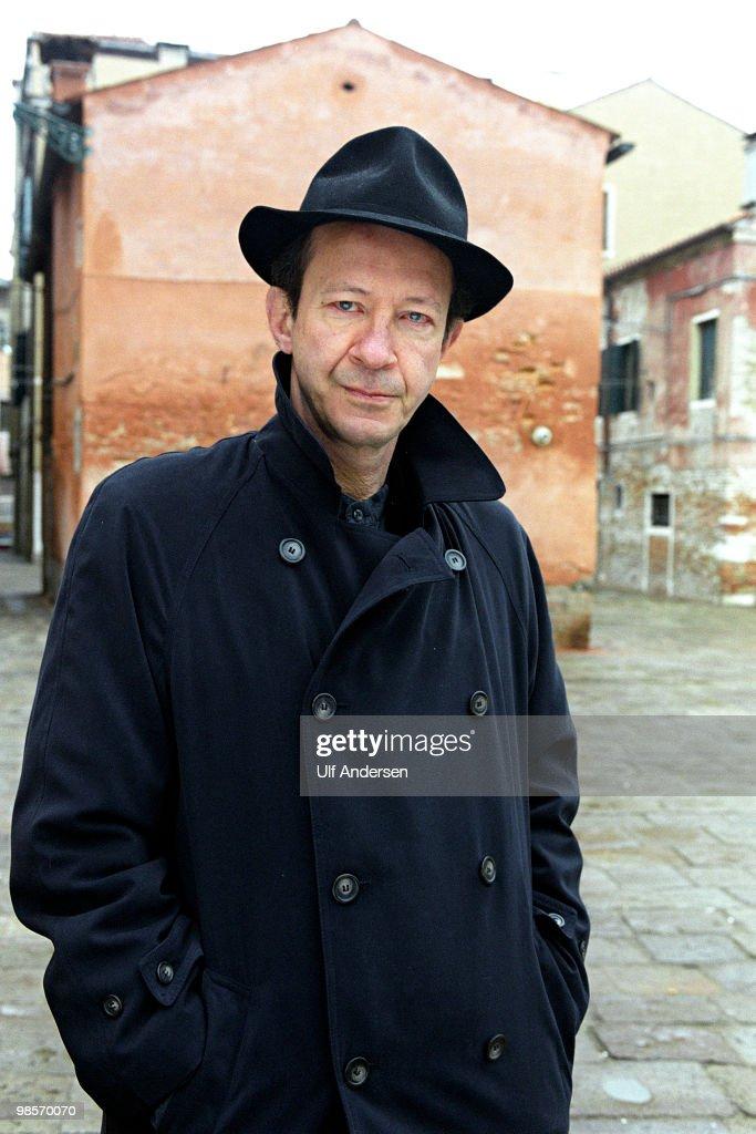 Giorgio Agamben Portrait Session : ニュース写真