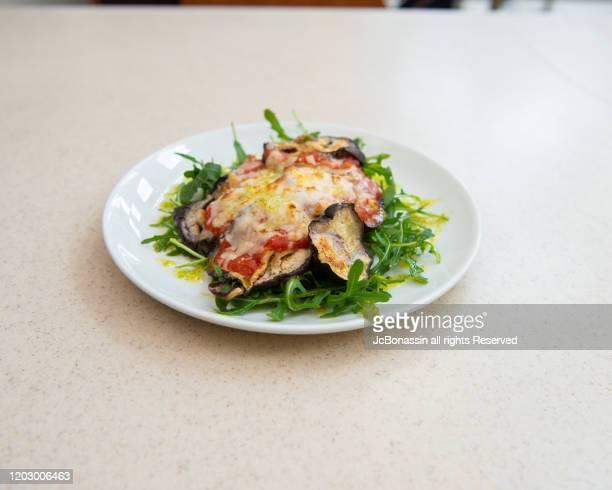 italian plates - jcbonassin stock-fotos und bilder