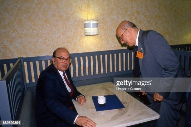 Italian politician Bettino Craxi is with politicians Giorgio Napolitano at the Socialist International in Berlino 1990