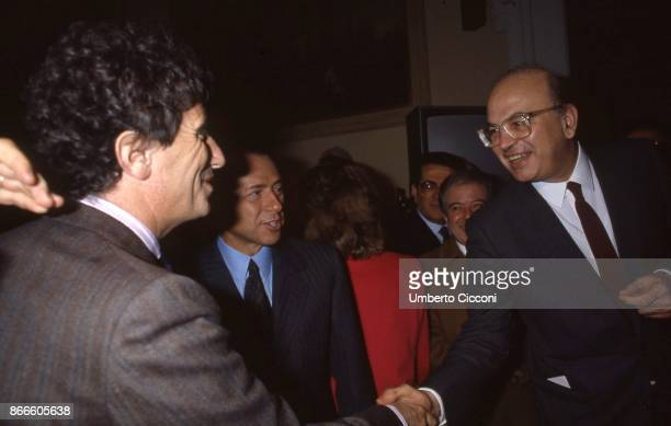 Italian Politician Bettino Craxi shaking the hand of the French politician Jack Lang at the Television Conference at the 'Sala della Promoteca' in...