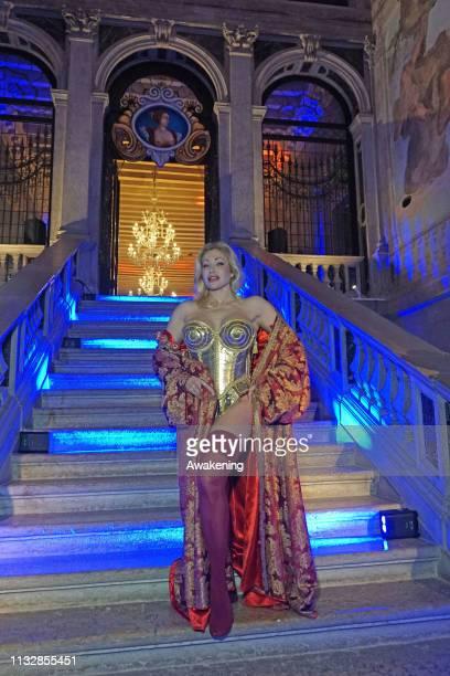 Italian pornostar Vittoria Risi plays venetian renaissance courtesan Veronica Franco for the Venice Carnival in Cà Sagredo on February 28 2019 in...