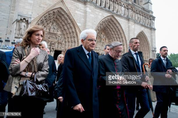 Italian President Sergio Mattarella his daughter Laura Mattarella and Notre Dame cathedral rector Patrick Chauvet visit the Paris Notre Dame...