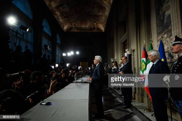 Italian President Sergio Mattarella talks to the press after that Italy's designated Prime Minister Giuseppe Conte returned the mandate to form a new...