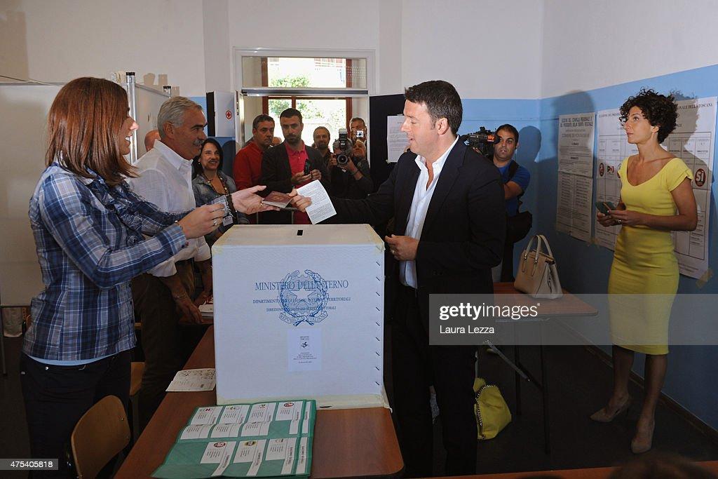 Prime Minister Matteo Renzi Votes In Italian Regional Election : News Photo