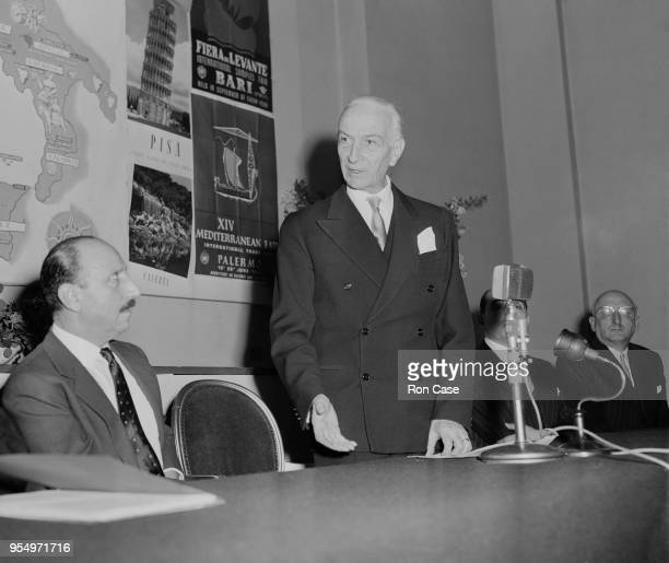 Italian Prime Minister Antonio Segni speaks at the Italian Trade Centre in London, 2nd December 1959. On the left is Charles Forte , chairman of the...