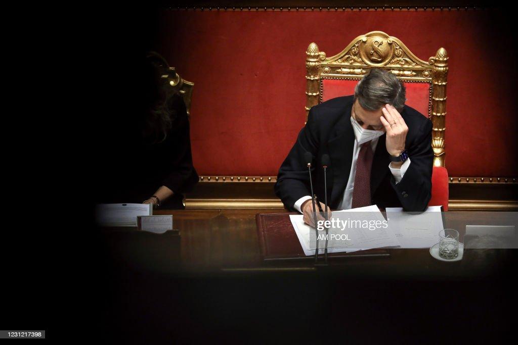 Italy's New PM Draghi Looks To Secure Senate Vote : Foto di attualità
