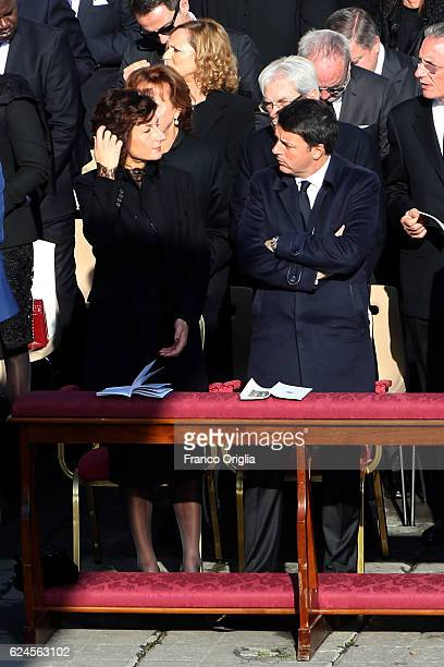 Italian Prime Minister Matteo Renzi and his wife Agnese Renzi attend the closing of the Jubilee of Mercy in St Peter's Square on November 20 2016 in...