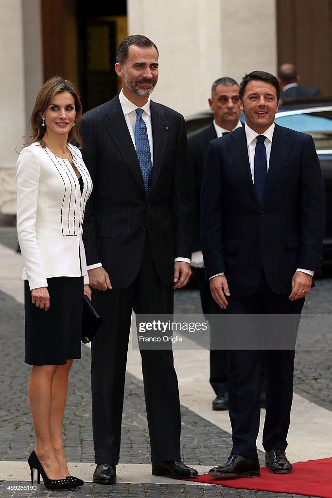 Italian Prime Minister Matteo Renzi mets Queen Letizia of Spain and King Felipe of Spain at Palazzo Chigi on November 19, 2014 in Rome, Italy.