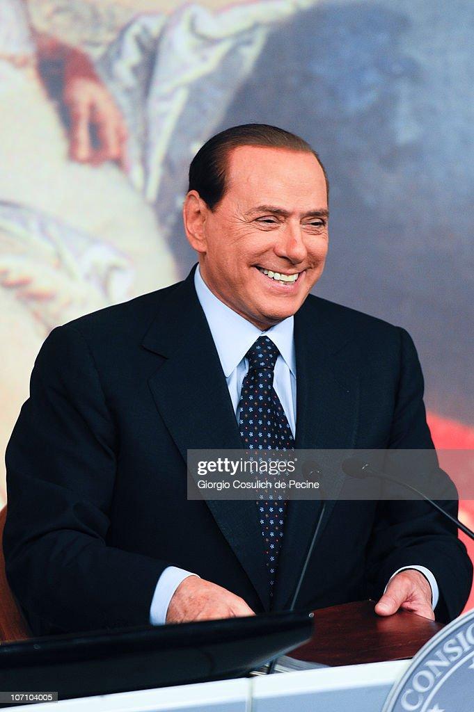 """Silvio Berlusconi And Giorgia Meloni Present """"Right To The Future"""" Government Plan"""