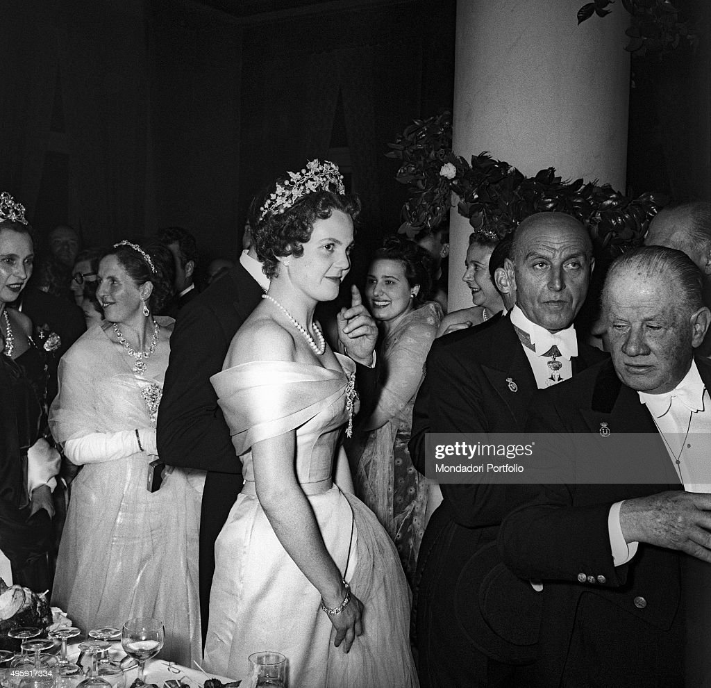 Princess Maria Pia of Savoy wearing her bridal gown : News Photo