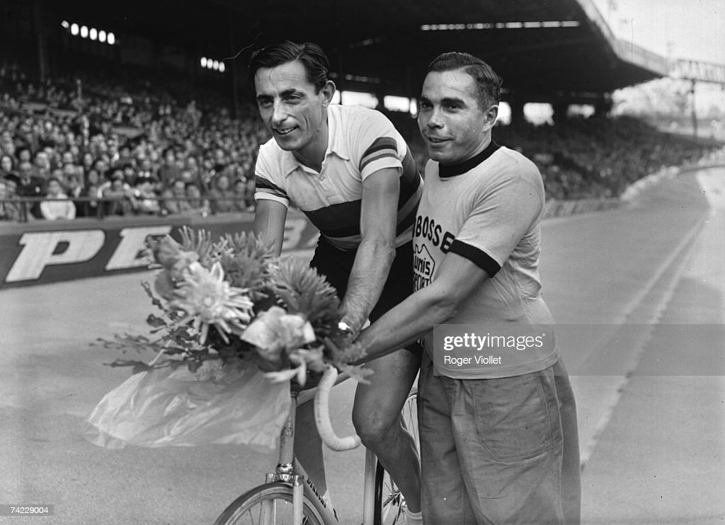 Italian racing cyclist Fausto Coppi (1919-1960), late 1940s.