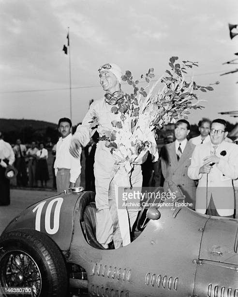 Italian racing driver Giuseppe Farina wins the Lausanne Grand Prix in Switzerland 27th August 1949